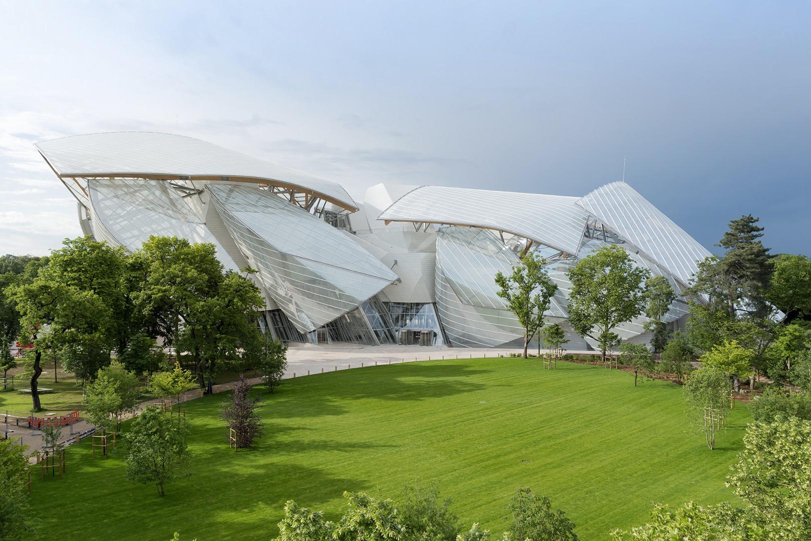 Fondation Louis Vuitton - Signalétique dynamique - Vignette - In blossom